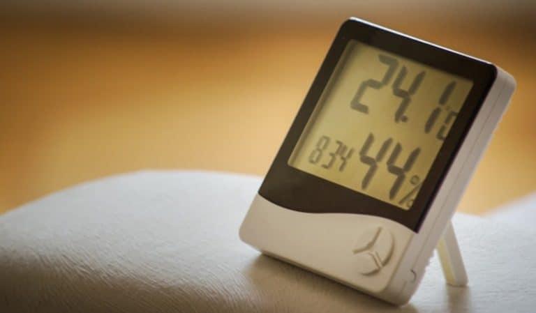 Anzeige Luftfeuchtigkeit auf Gerät
