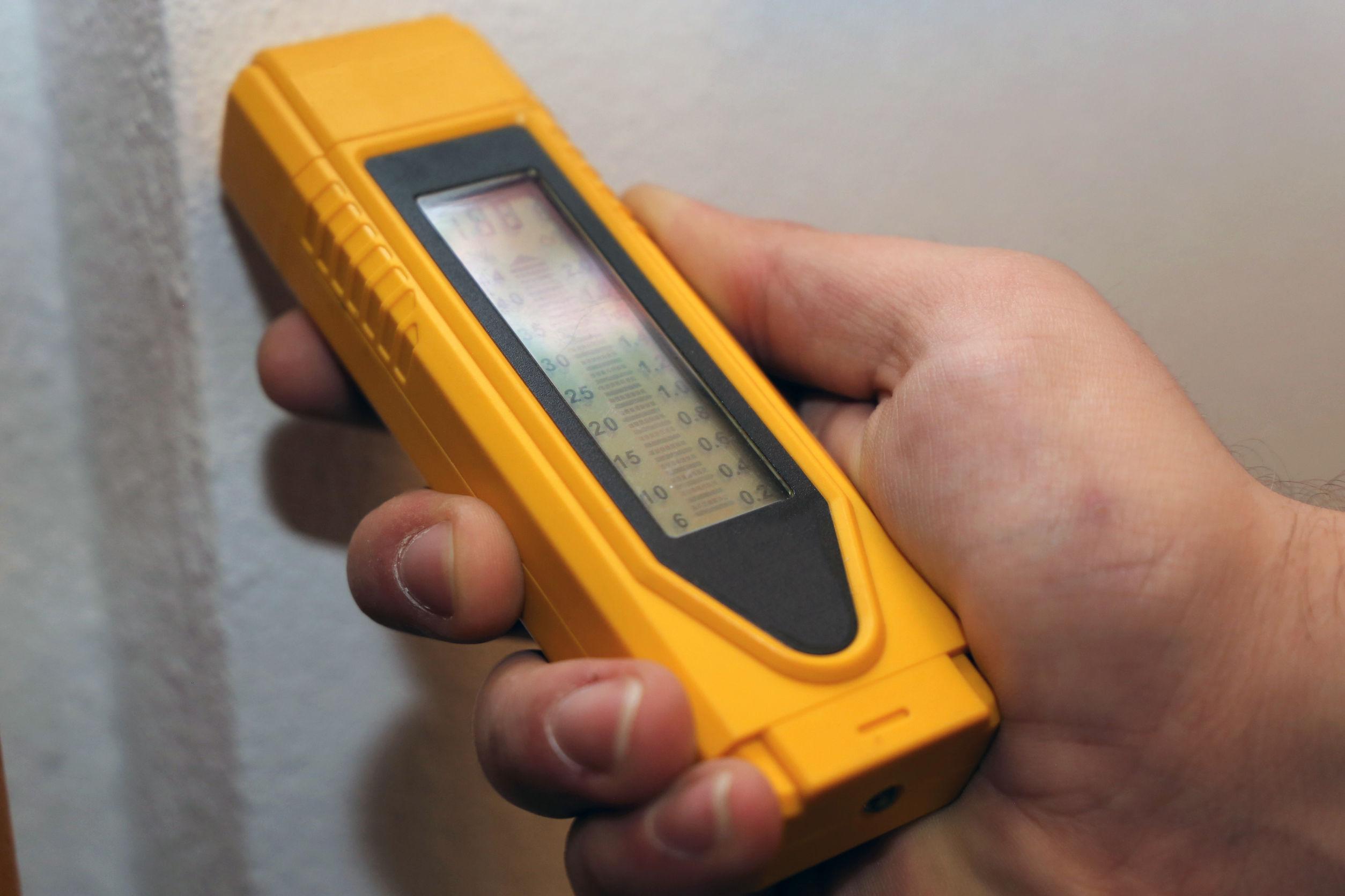 Feuchtigkeitsmesser für die Wand: Test & Empfehlungen (05/21)
